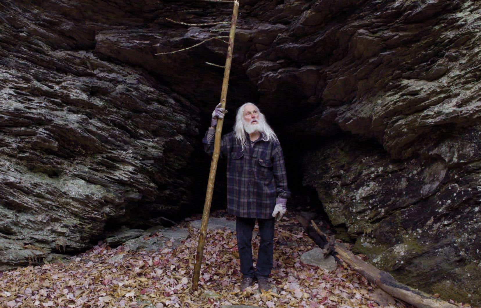 En trame de fond du documentaire: le Black Lake natal d'Armand Vaillancourt