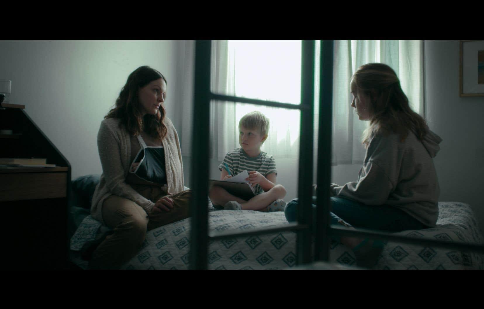 C'est une portée sociale que la réalisatrice Geneviève Rioux a souhaité atteindre avec «Moi, j'habite nulle part». Ce drame se déroule dans une maison d'hébergement pour femmes et est tourné à hauteur d'enfant.