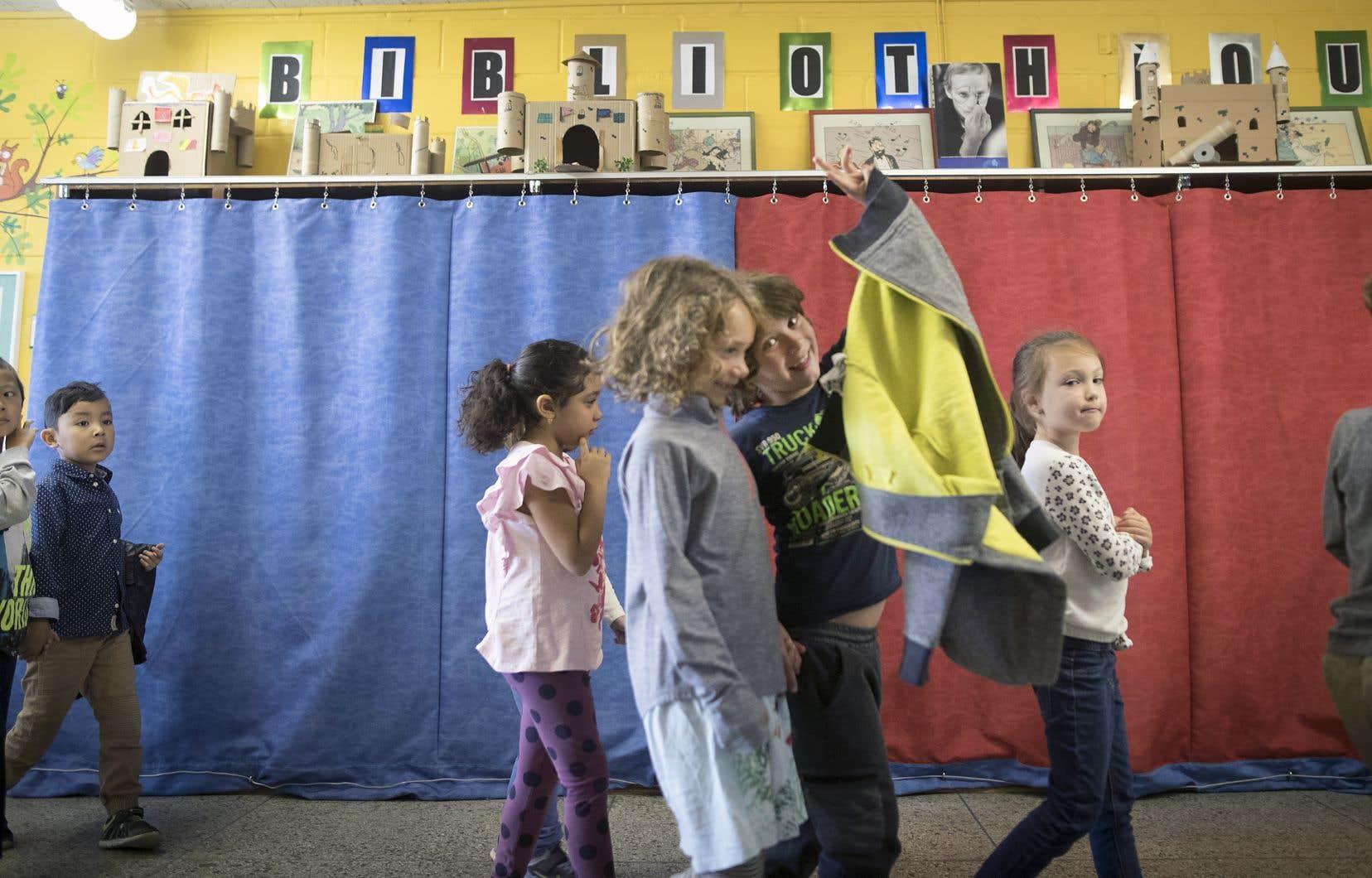 Un quart des commissions scolaires n'ont toujours pas de bibliothécaire dûment formé à leur service.