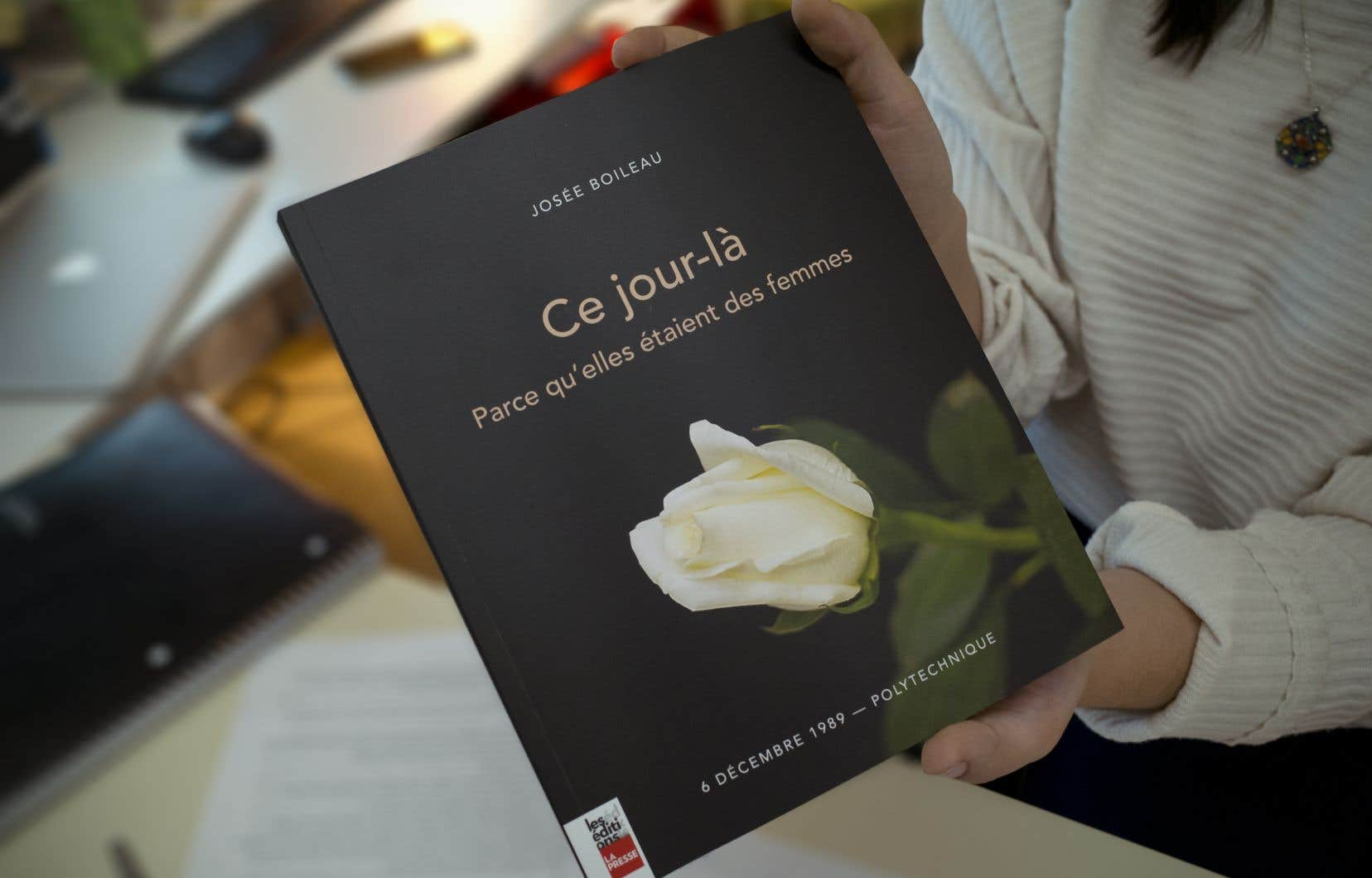 La journaliste Josée Boileau, ancienne rédactrice en chef du «Devoir», qui couvrait les événements de Polytechnique pour «Le Devoir», lance un livre.