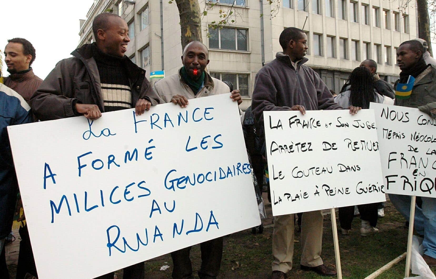 Depuis plus de 20 ans, le dossier empoisonne les relations entre Paris et Kigali, sur fond de débat sur les responsabilités françaises à l'époque du génocide rwandais.