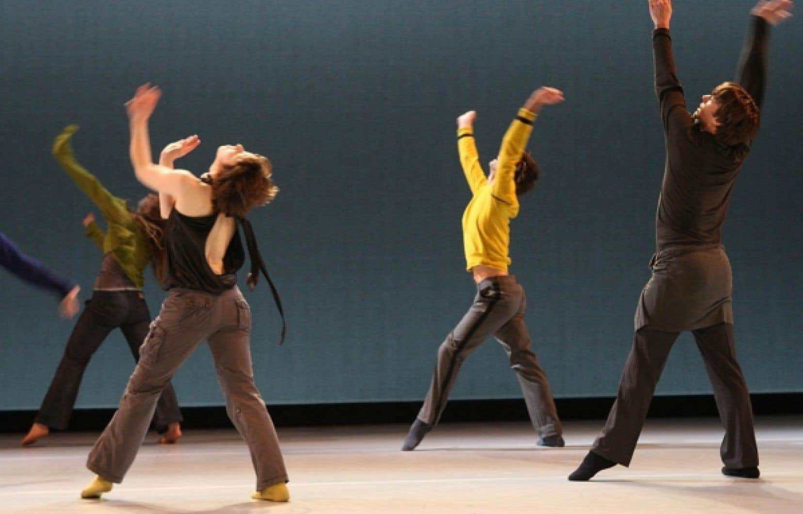 La compagnie Le Carré des Lombes de Danièle Desnoyers. Que ce soit en danse, en musique, en théâtre ou en histoire de l'art, le programme de doctorat en études et pratiques des arts offre aux étudiants un cadre de formation à la fois théorique et pratique. <br />