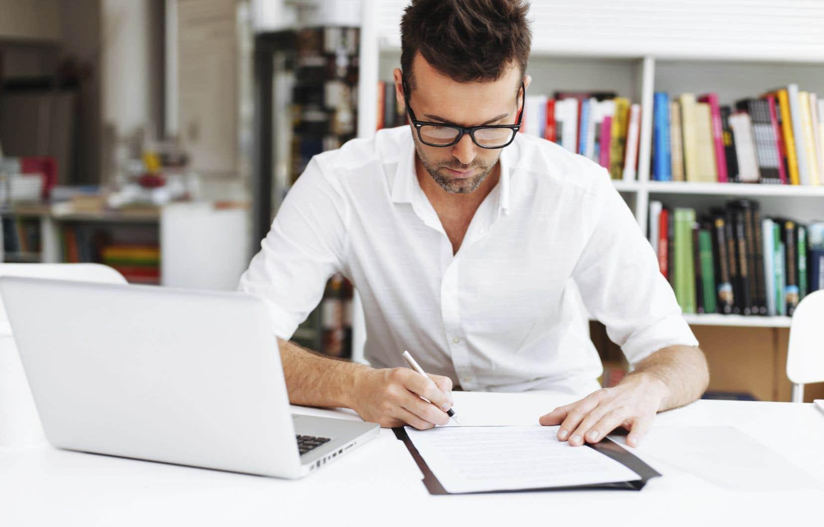 Une dérogation au règlement peut retarder l'obtention du diplôme, empêcher la poursuite d'un programme, entraîner la suspension de l'inscription, compromettre le renouvellement du permis d'études ou l'attribution d'une bourse.