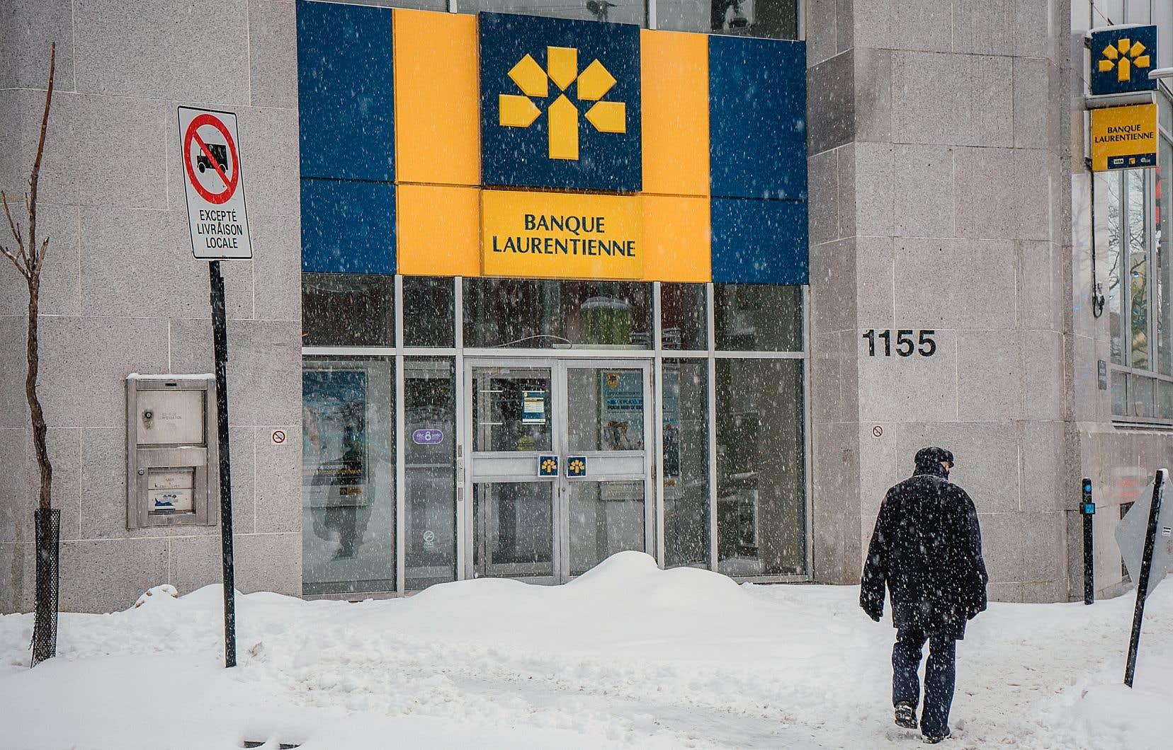 La Banque Laurentienne a affiché une baisse de ses profits et de ses revenus au quatrième trimestre.
