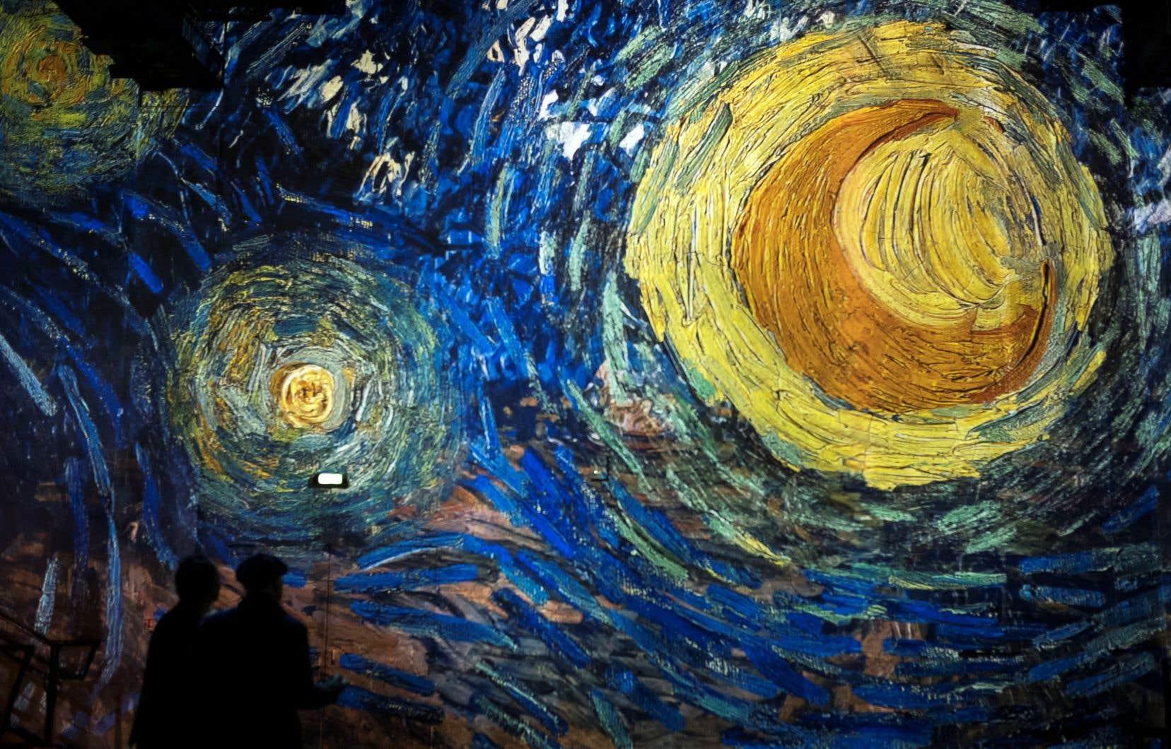 Avant de traverser l'Atlantique, l'exposition «Imagine Van Gogh» a connu un succès important en Europe, notamment à l'Atelier des lumières de Paris (sur nos photos). Ici, détail de la célèbre «Nuit étoilée».