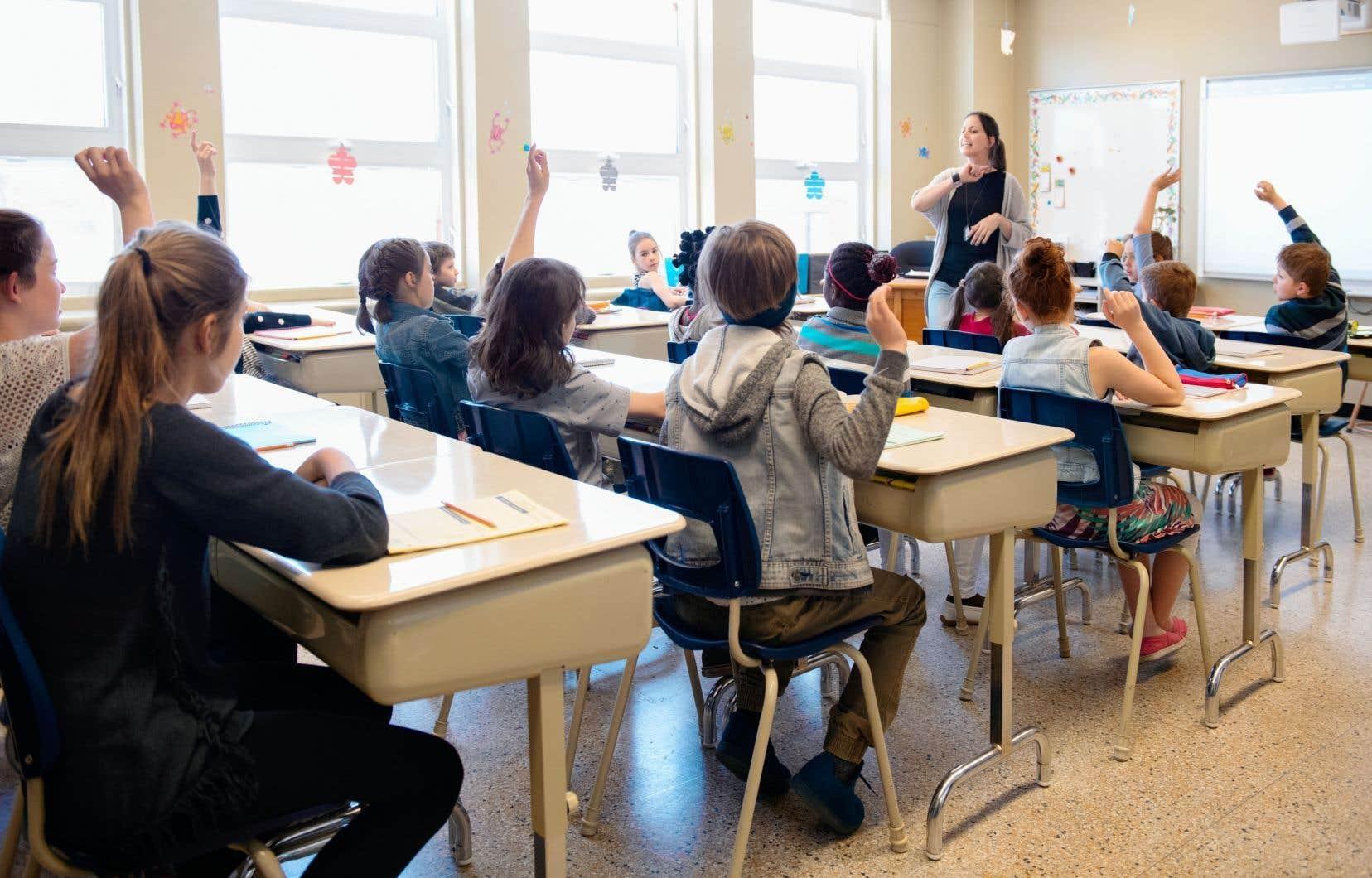 Les enseignants du primaire et du secondaire au Québec sont encore bons derniers au Canada en matière de rémunération.