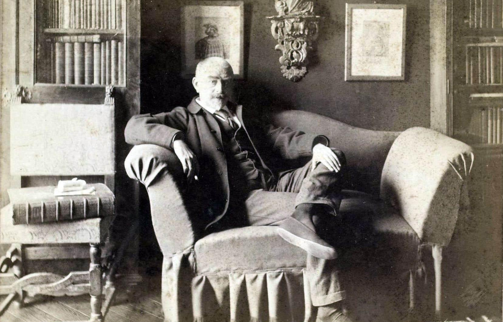 Le quatrième roman de Joris-Karl Huysmans est souvent présenté comme un «bréviaire du décadentisme».