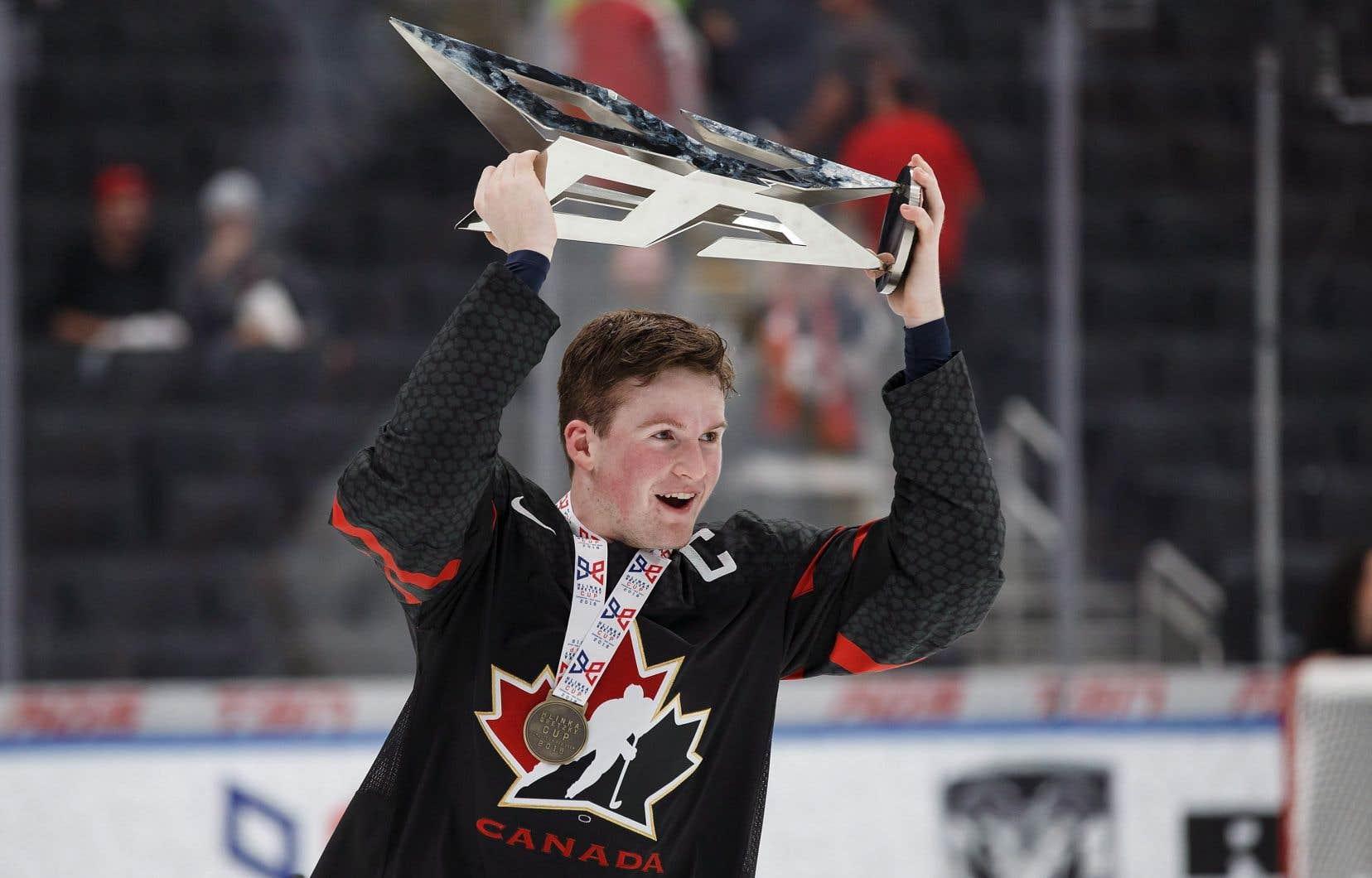 Alexis Lafrenière domine la Ligue de hockey junior majeur du Québec avec 70points en seulement 32 rencontres cette saison avec l'Océanic de Rimouski.
