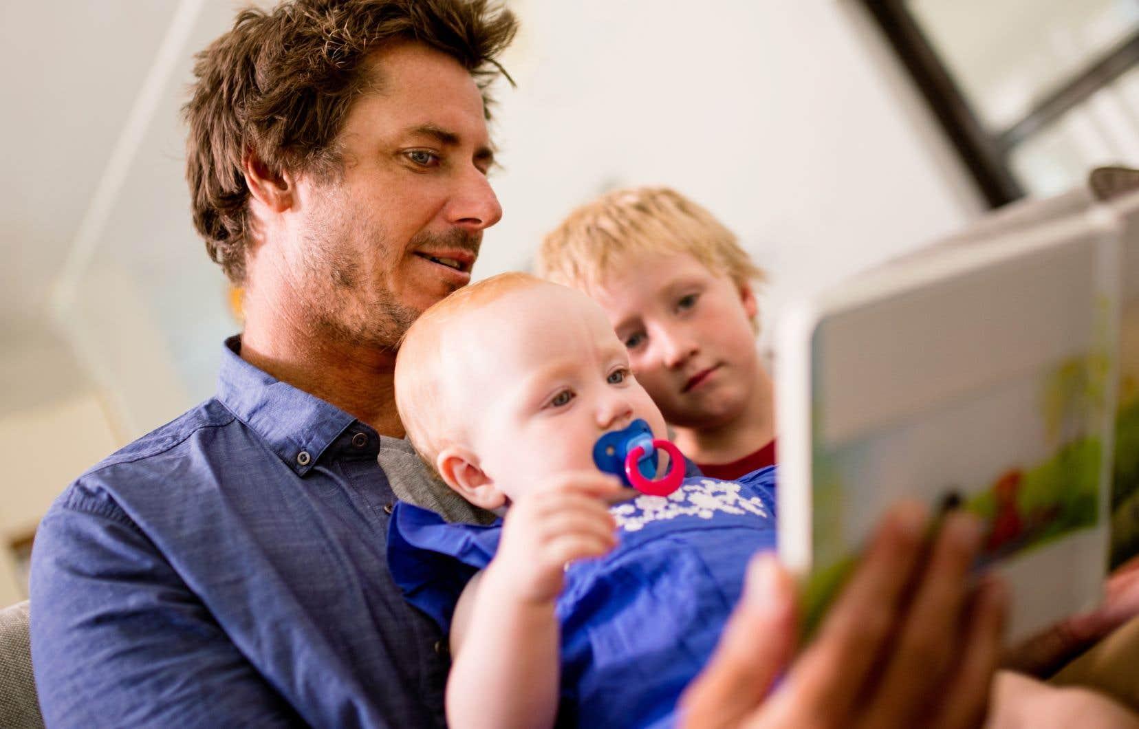 «N'attendez pas de miracle de l'école: lisez avec vos enfants: ils vous rendront les rêves que vous leur aurez donnés», croit l'auteur.