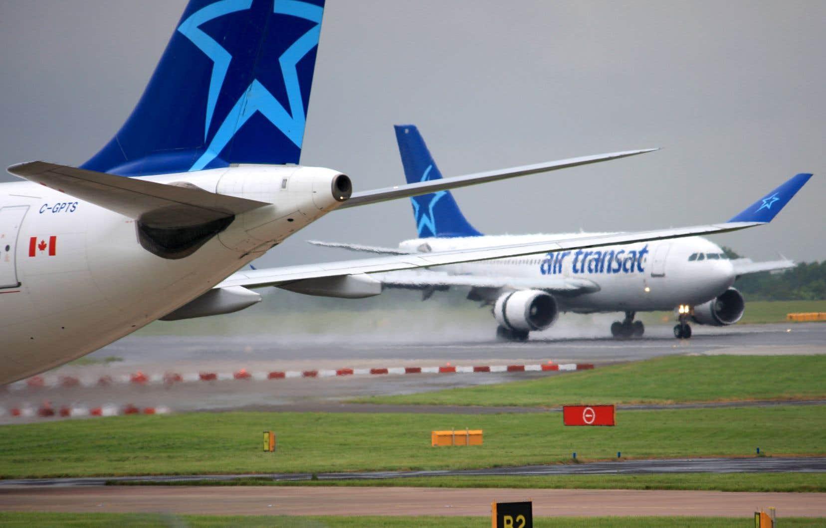 En août, les actionnaires de Transat A.T. ont accepté l'offre bonifiée de 18$ par action — soit environ 720millions — proposée par le plus grand transporteur aérien au pays.