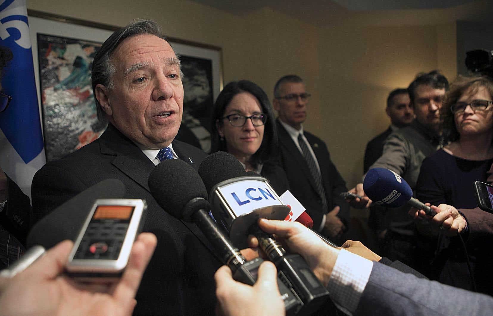 François Legault estime que «des gains importants pour les travailleurs» québécois ont été obtenus dans la négociation du nouvel accord de libre-échange.