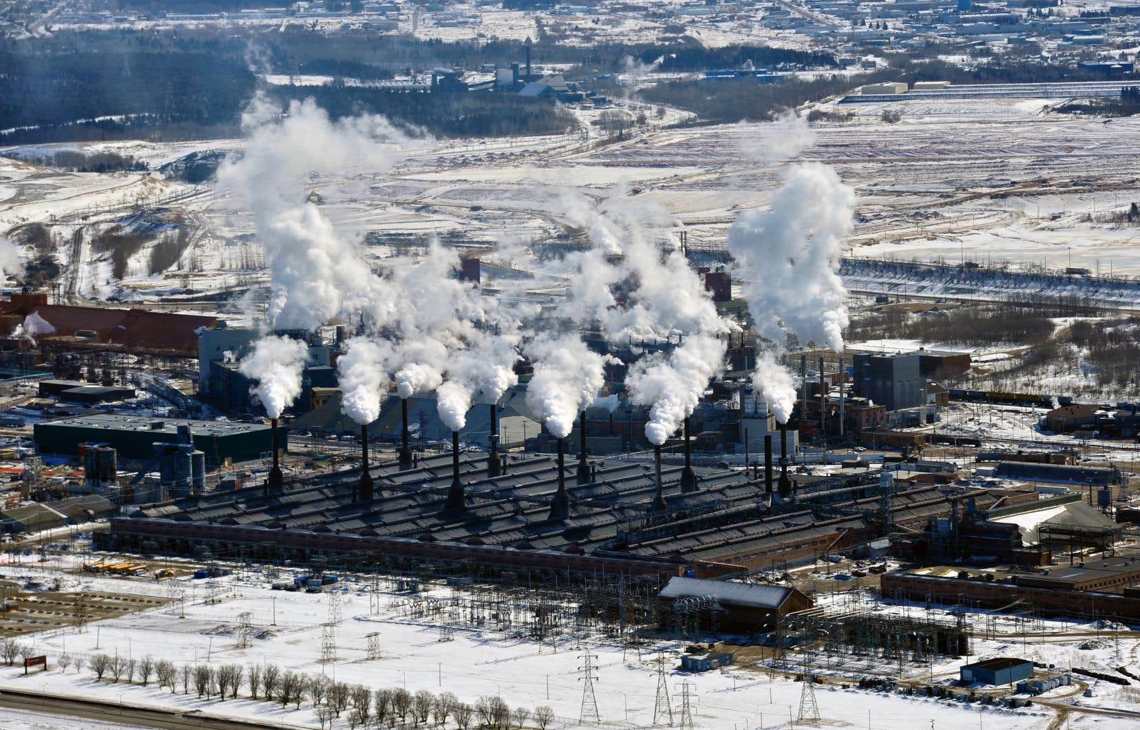 «Le projet de loi 44 maintient le Fonds de transition, d'innovation et d'efficacité énergétiques, mais remplace le Fonds vert par le Fonds d'électrification et de changements climatiques», souligne le Conseil québécois de l'environnement.