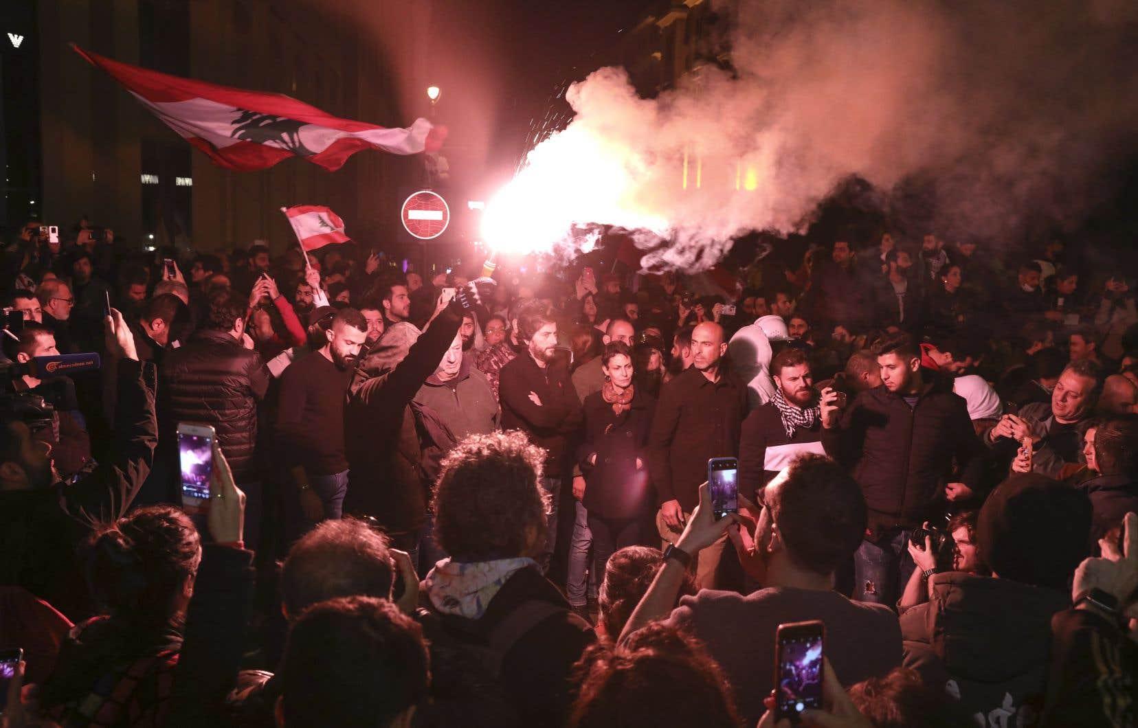 Des milliers de Libanais se sont mobilisés dimanche soir.