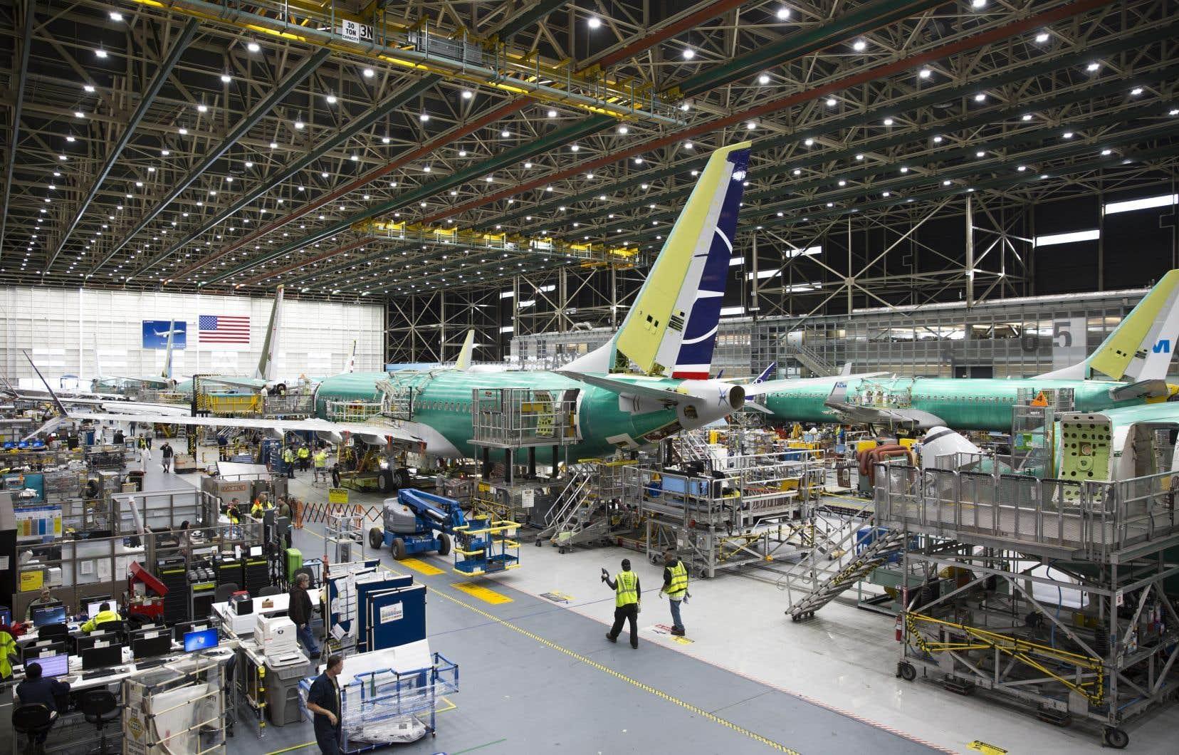 Cloués au sol depuis le mois de mars, les Boeing 737 MAX verront leur production suspendue à compter de janvier 2020.