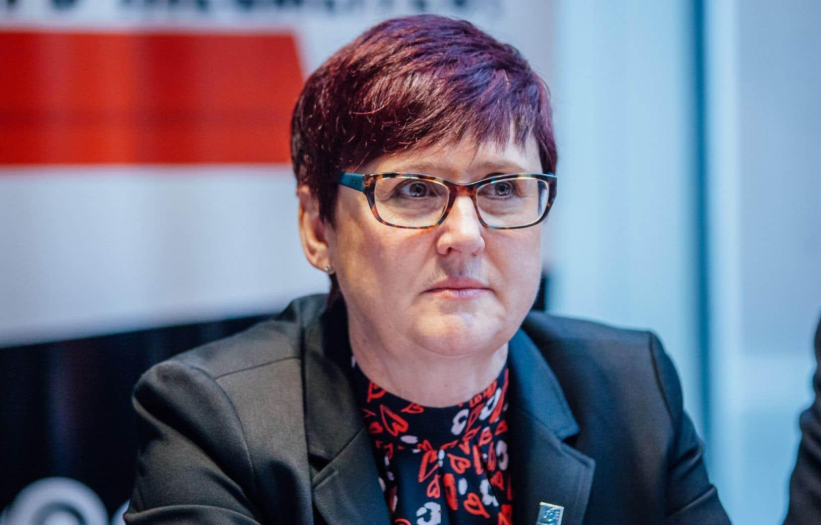 La présidente de la FSE-CSQ, Josée Scalabrini, anticipe une mobilisation de ses 65 000 membres un peu partout au Québec.