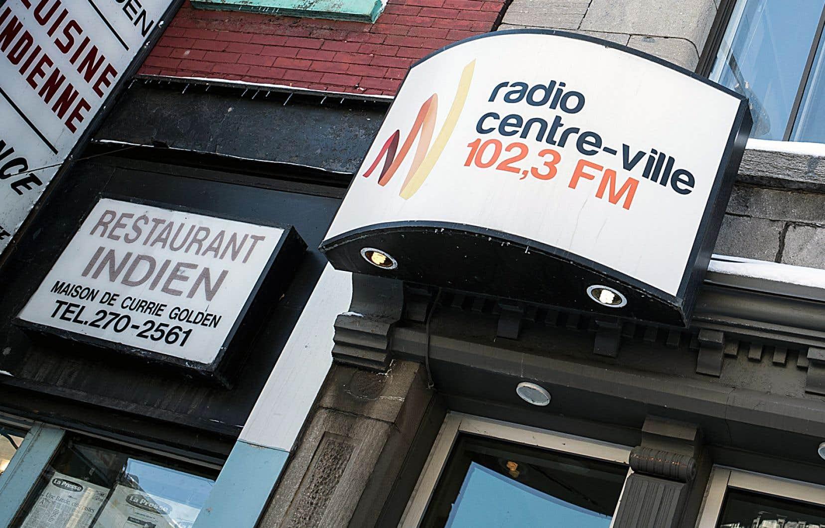 Huit membres de la station diffusant son contenu à Montréal au 102,3 FM ont décidé lundi d'abandonner leur contestation judiciaire de l'assemblée générale du 22janvier 2017.