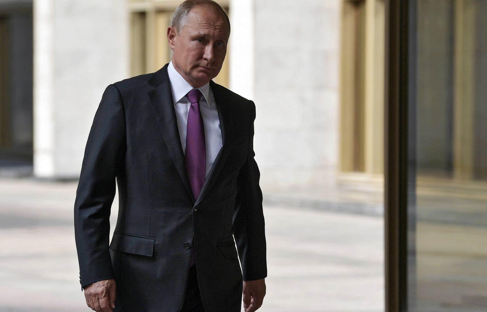 Depuis sa dernière réélection en 2018, les spéculations vont bon train quant aux intentions de M.Poutine au-delà de 2024.