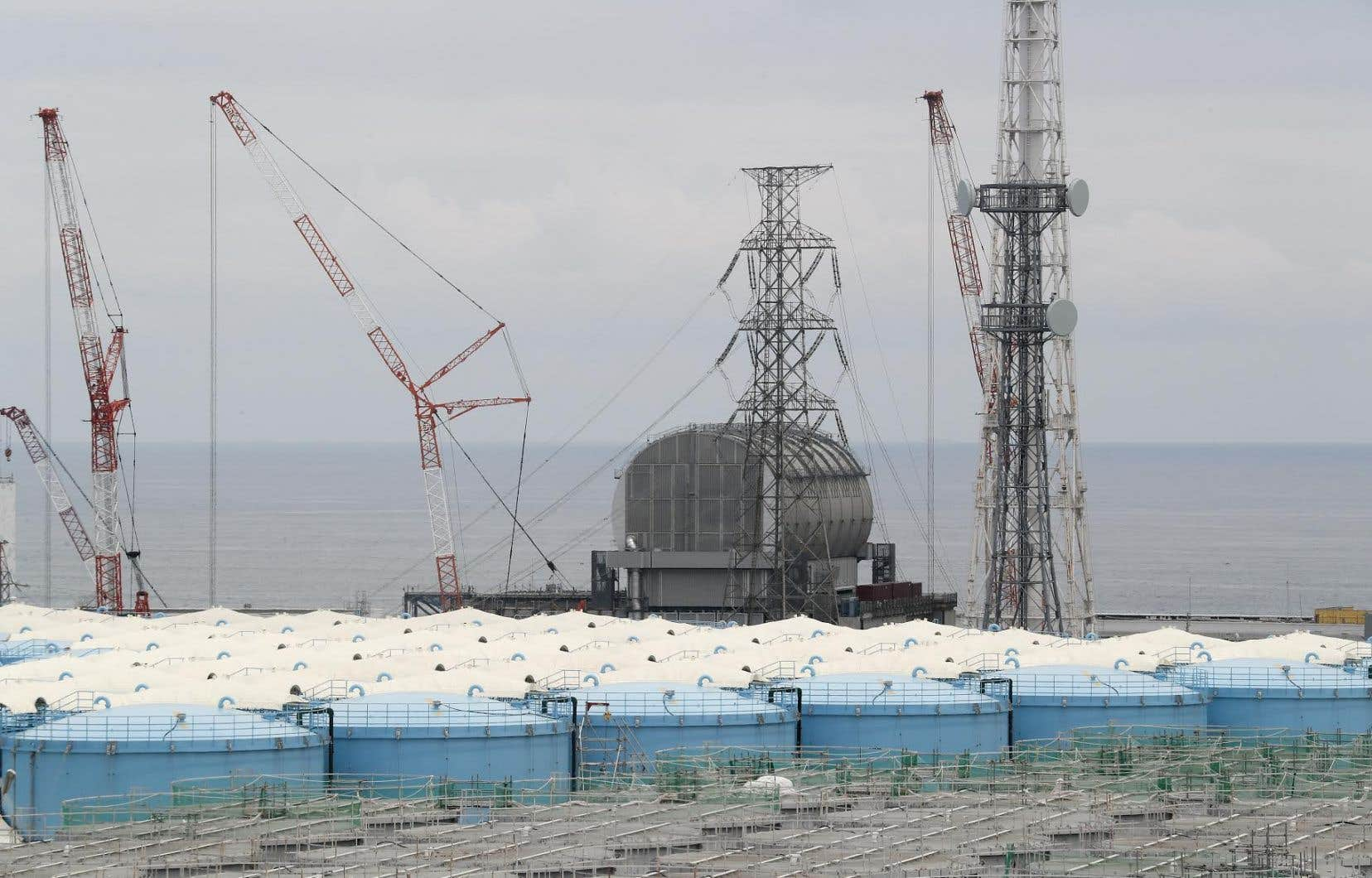Une quantité massive d'eau contaminée est stockée dans l'enceinte de ce site ravagé par le tsunami de mars 2011