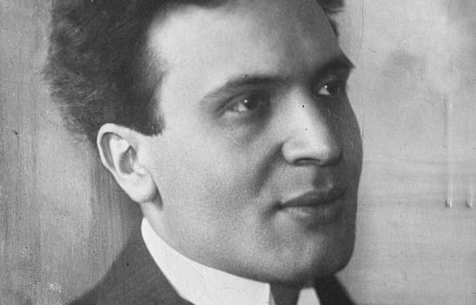 Pour que Bruno Walter, né Bruno Schlesinger, en 1876 à Berlin, se retrouve à nous léguer 77CD réalisés aux États-Unis entre 1941 et 1961, un an avant sa mort à Beverly Hills, c'est que sa vie n'a pas eu un cours ordinaire.