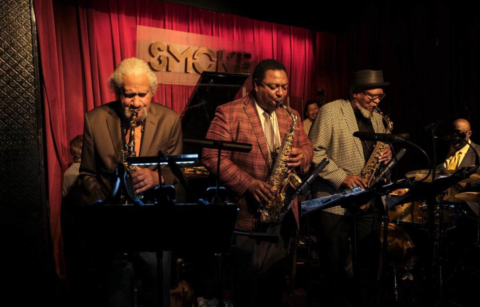 «Bird at 100», qui réunit Bobby Watson, Gary Bartz et Vincent Herring, a été enregistré au club new-yorkais Smoke.