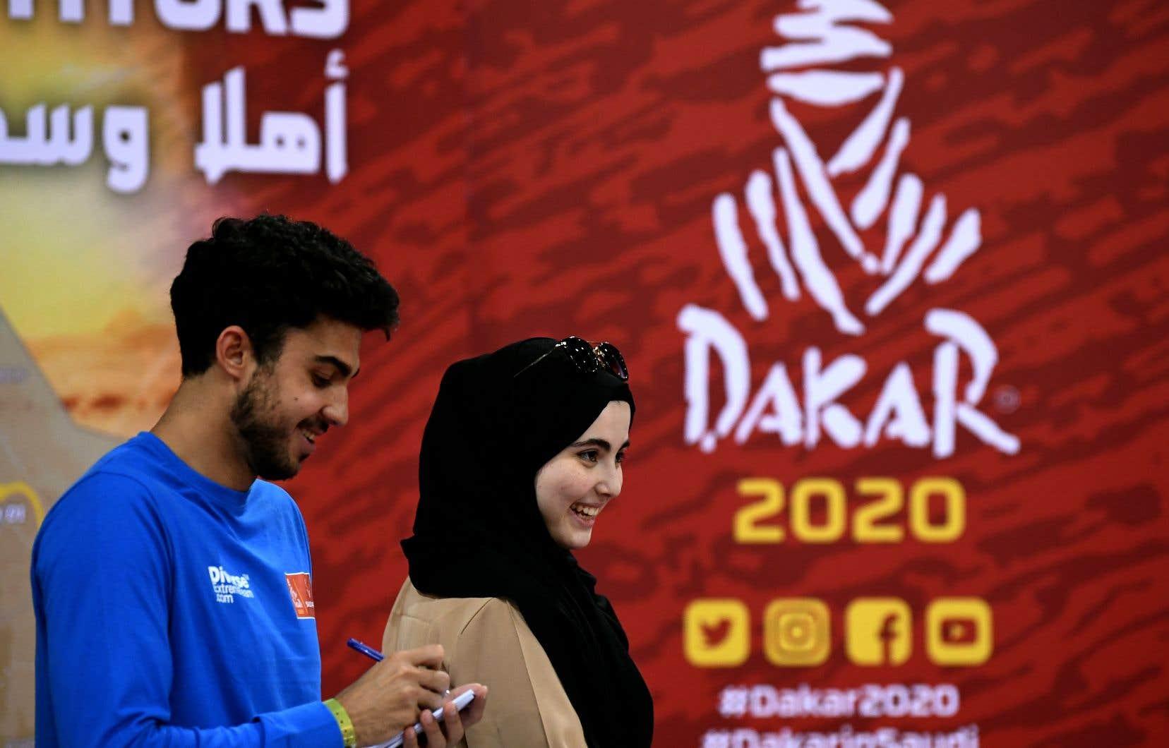 Du 5 au 17 janvier, l'Arabie saoudite accueillera le rallye Dakar pour la première fois.