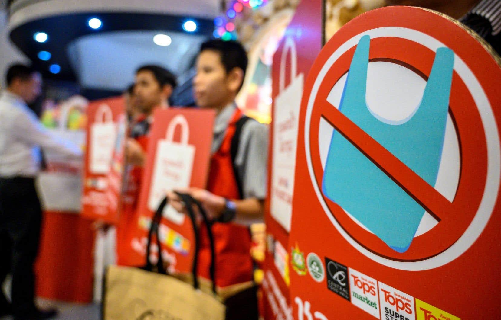 L'usage intensif du plastique fait de la Thaïlande le sixième plus gros contributeur mondial à la pollution des océans.