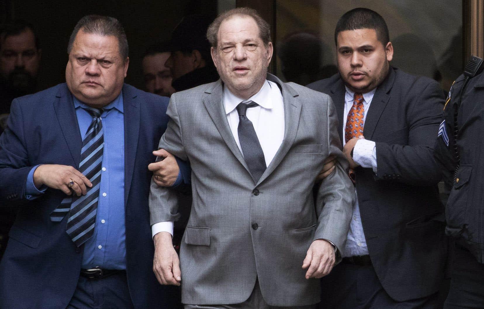 Harvey Weinstein à sa sortie du tribunal, à New York, en décembre dernier