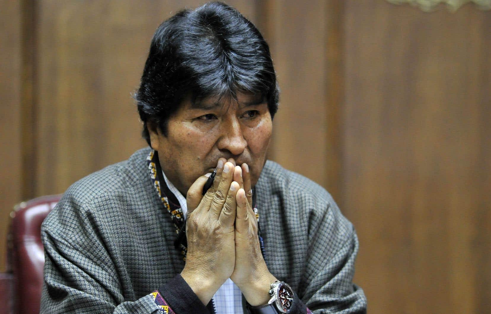 Evo Morales (2006-2019) est sous le coup, depuis le 18 décembre, d'un mandat d'arrêt émis par le parquet bolivien, dans le cadre d'une enquête pour sédition et terrorisme.