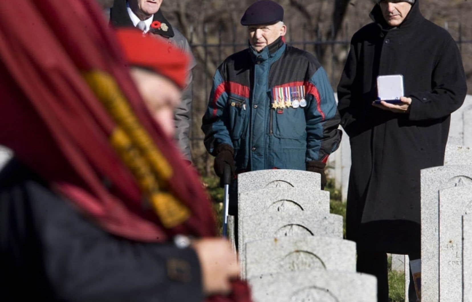 Sur la photo: Marcel Champagne, vétéran décoré de la guerre de 39-45 en Italie.<br />