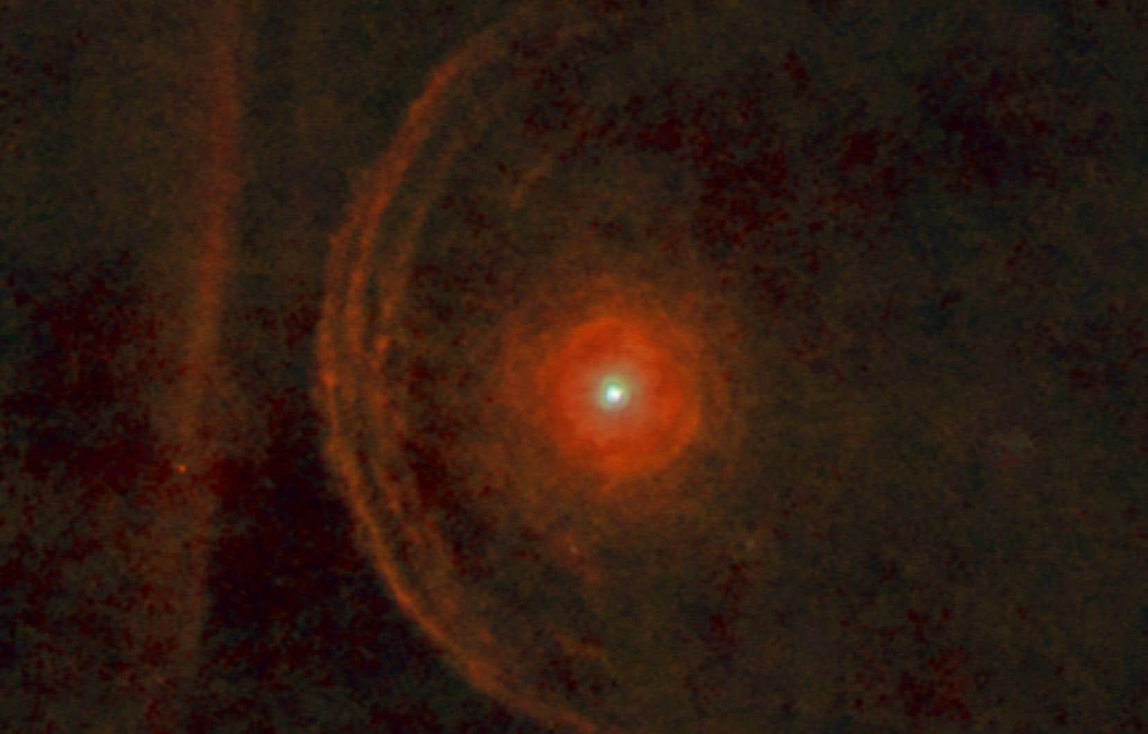L'étoile «supergéante rouge» Bételgeuse vue à partir de l'Observatoire spatial Herschel