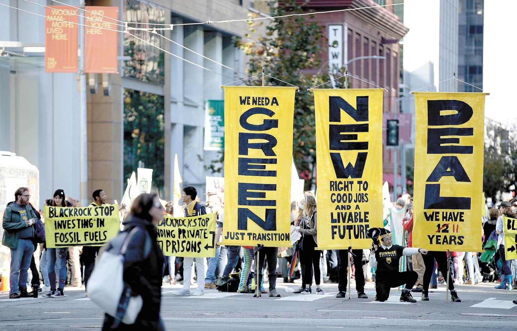 Une manifestation pour le climat devant les bureaux de BlackRock à San Francisco en décembre dernier