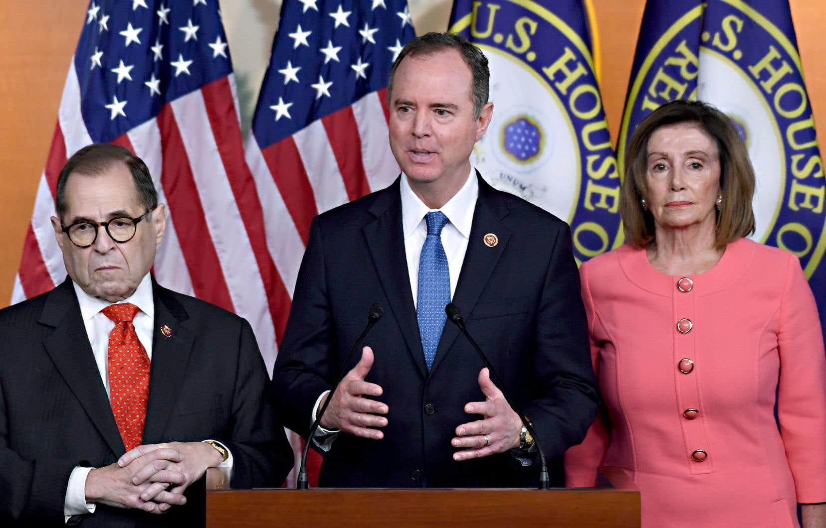 Les démocrates Jerrold Nadler et Adam Schiff, deux ennemis jurés de Donald Trump, feront partie de l'équipe de procureurs au procès de destitution de Donald Trump, a annoncé mercredi la présidente de la Chambre des représentants, Nancy Pelosi.