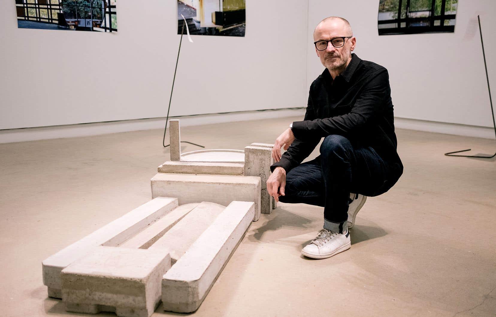 L'artiste belge Bruno Goosse a été inspiré par le centre culturel de Sainte-Marguerite-du-Lac-Masson, lui qui s'intéresse aux conflits que peuvent engendrer les classements patrimoniaux.