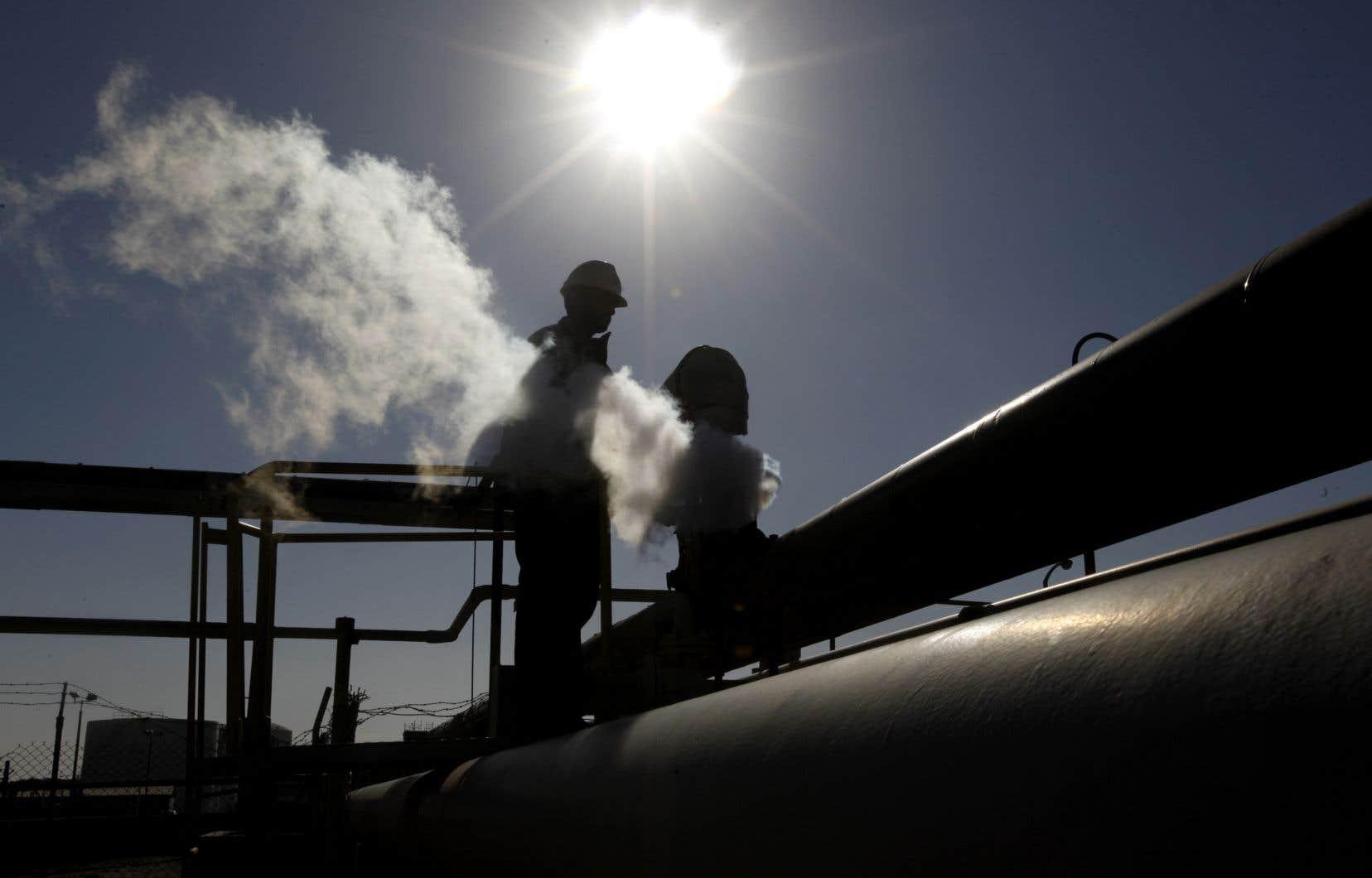 Ce blocage provoquera la chute de la production du pays de 1,3million barils par jour à 500 000 bj et un manque à gagner de 55millions de dollars par jour, selon la compagnie.