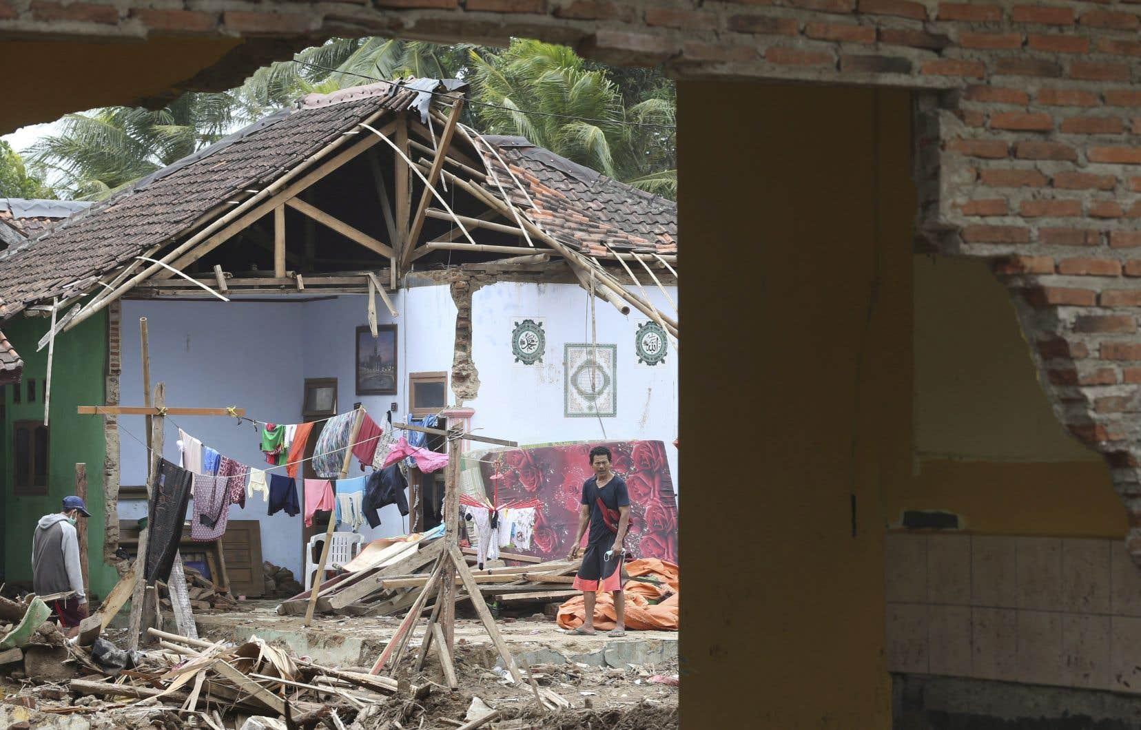 En 2018 un séisme de magnitude7,5 suivi d'un tsunami avait dévasté la région de Palu et fait plus de 4300 morts et disparus.