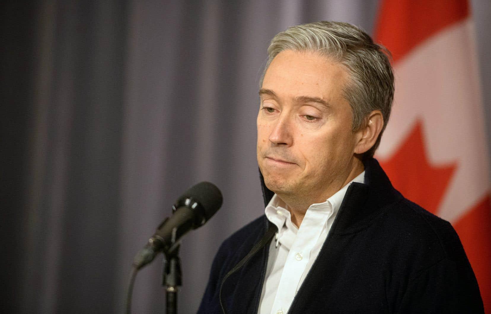 Le ministre des Affaires étrangères du Canada, François-Philippe Champagne, réclame que les boîtes noires soient vite analysées par des experts français ou ukrainiens.