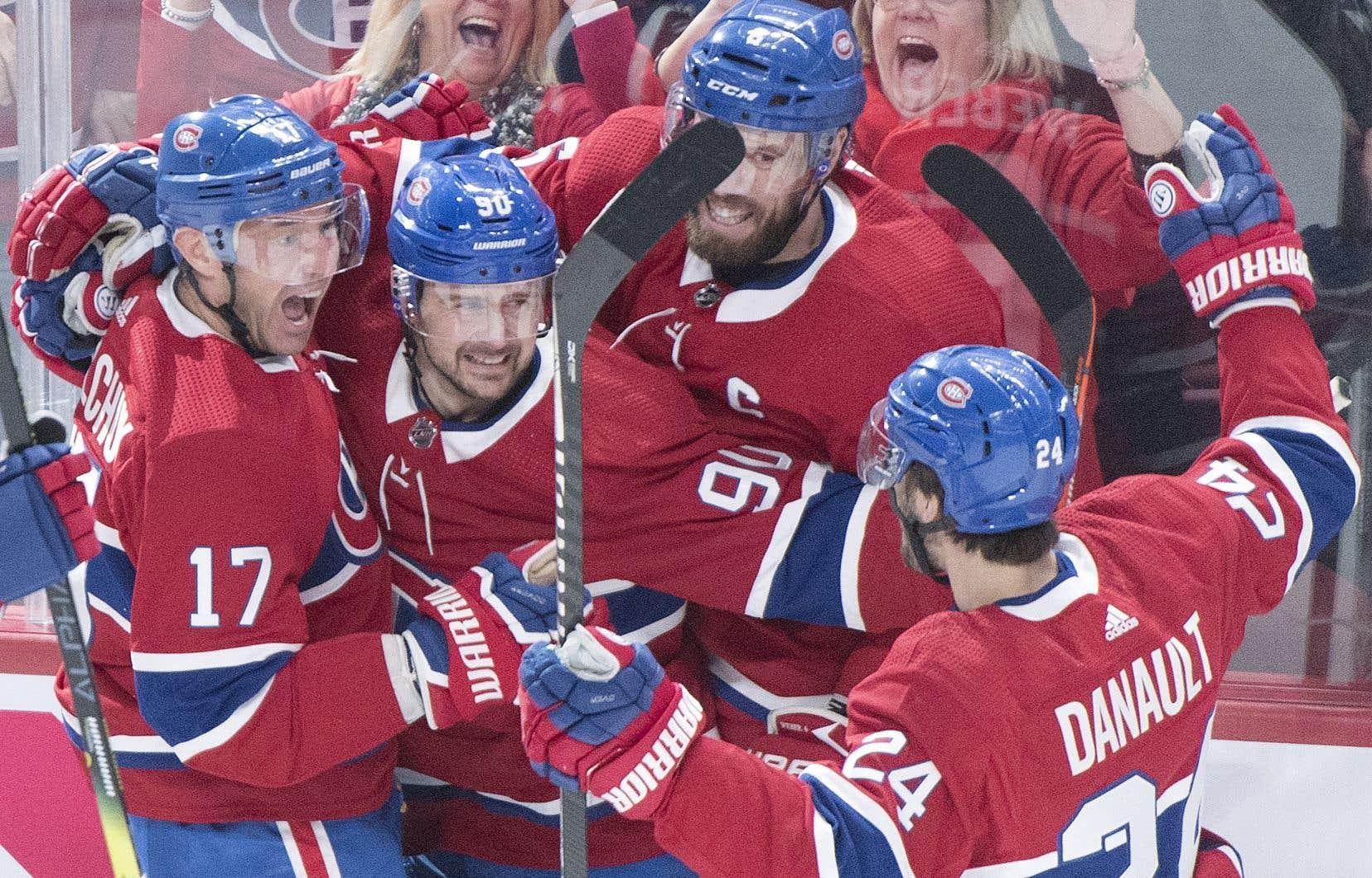Le Canadien a remporté quatre matchs sur cinq en huit jours et l'enthousiasme contagieux d'Ilya Kovalchuk (à gauche) semble avoir ravivé la passion des partisans.