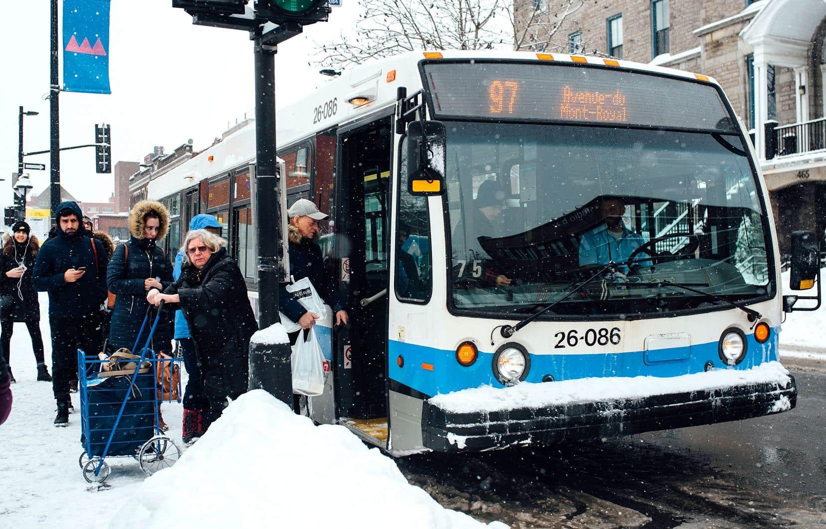 L'utilisation des transports en commun en heure de pointe du matin a augmenté de 4% dans la grande région de Montréal entre 2013 et 2018 avec 1,4million de déplacements.
