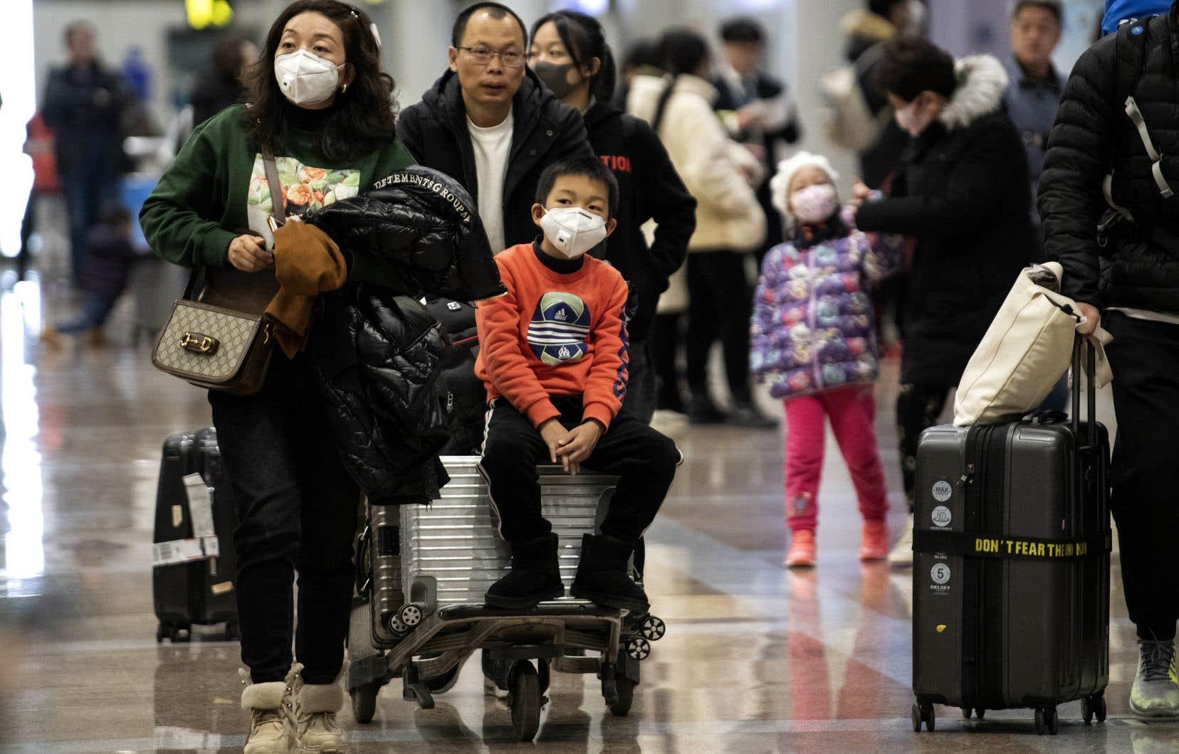 Les États-Unis deviennent le cinquième pays touché par le coronavirus, après la Chine, le Japon, la Thaïlande et la Corée du Sud.