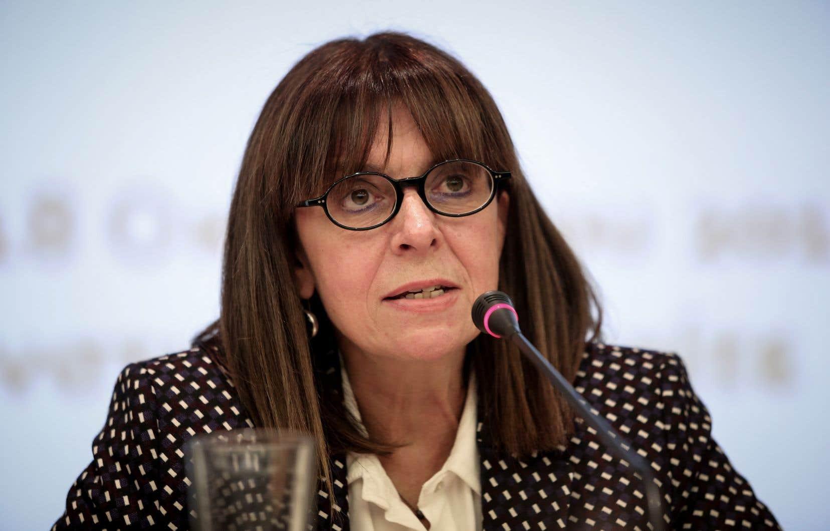 <p>Ekaterini Sakellaropoulou, 63ans, a été élue à une vaste majorité.</p>