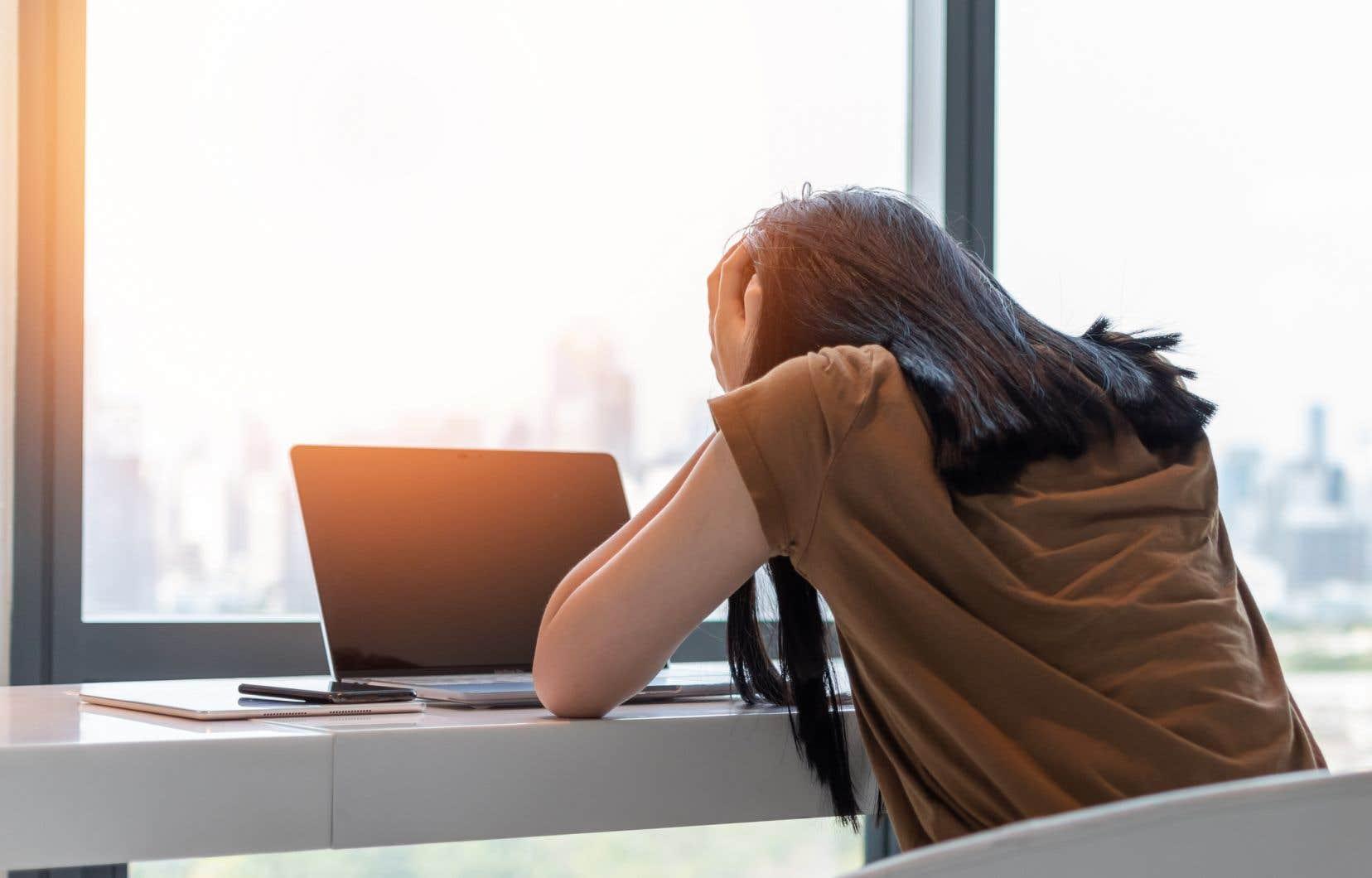 Une récente étude ontarienne rapportait ainsi que 46% des étudiants se seraient déjà sentis déprimés au point d'avoir de la difficulté à fonctionner, contre 40% trois ans plus tôt.