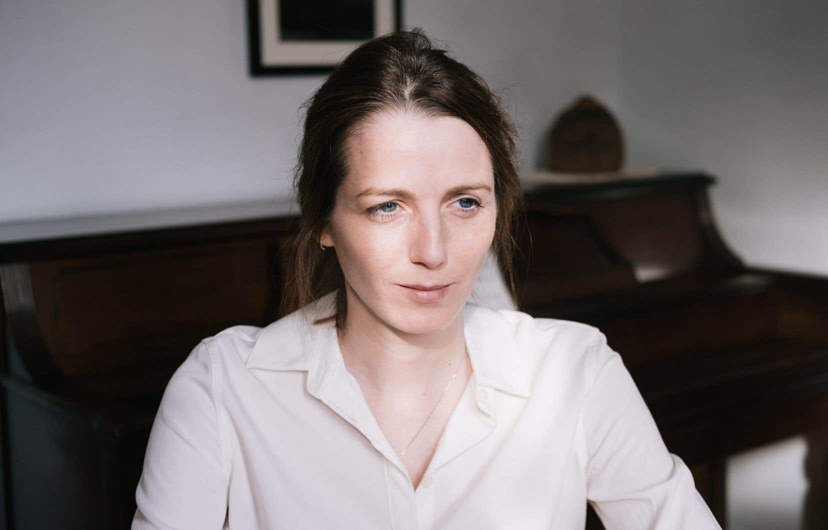 Originaire d'un petit village de Lanaudière, Mélissa Grégoire enseigne le français et la littérature au cégep de L'Assomption.