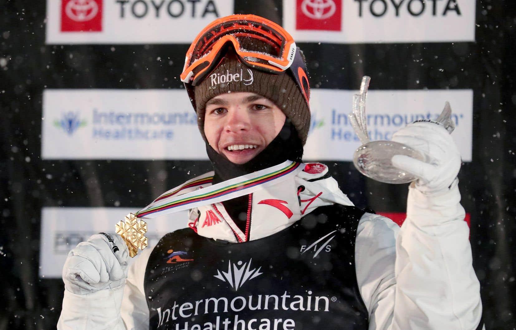 Mikaël Kingsbury, médaillé d'or aux Jeux olympiques de Pyeongchang en 2018, tentera de retrouver le sentier de la victoire.