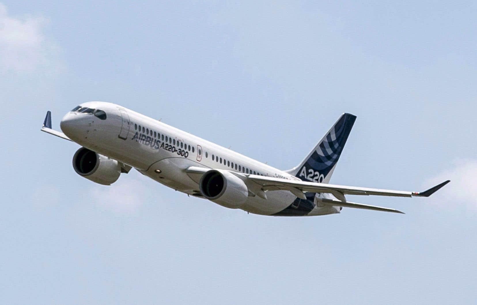 Airbus possède un peu plus de 50% du programme A220, comparativement à 33,6% pour Bombardier et 16,4% du côté d'Investissement Québec.