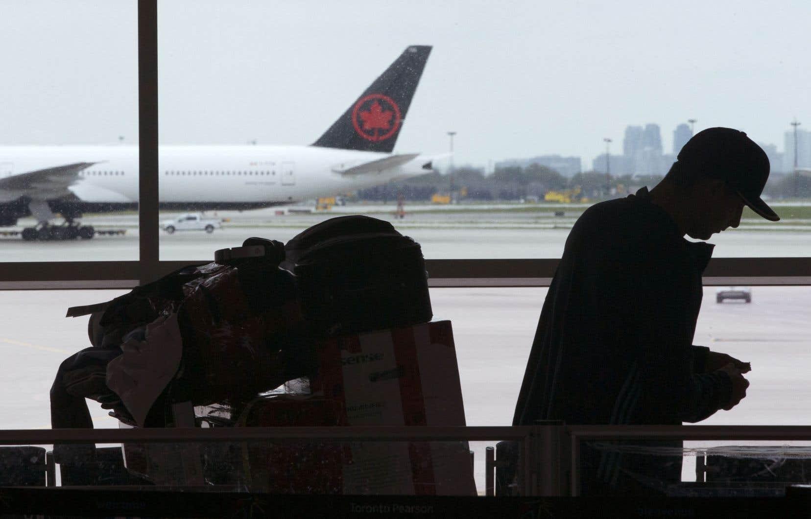Air Canada précise que les clients concernés seront avisés et se verront proposer d'autres options de voyage.