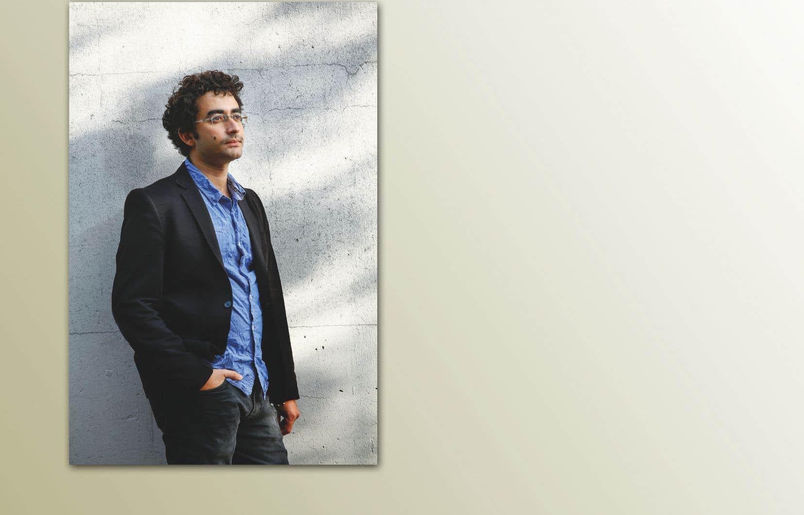 Inscrit sur les listes noires du régime syrien, pendant le printemps arabe, l'écrivain Omar Youssef Souleimane a dû traverser illégalement la frontière jordanienne, en 2012, à pied par les montagnes.