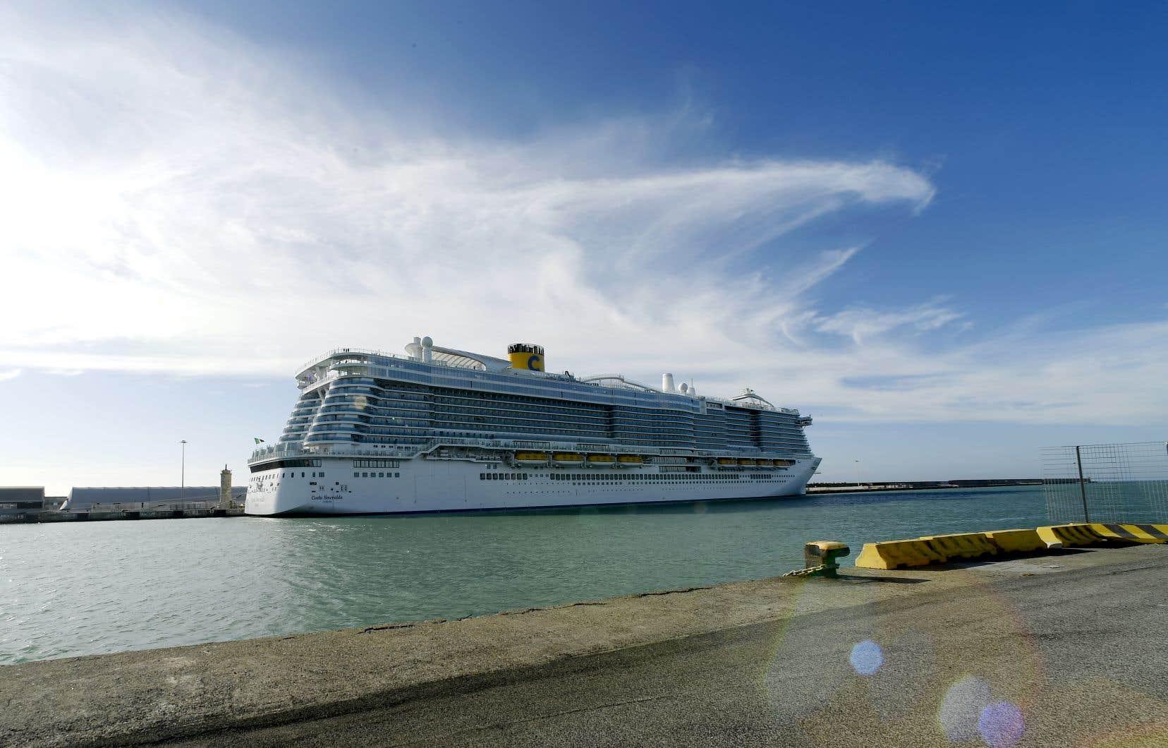 Le «Costa Smeralda» est arrivé jeudi matin à Civitavecchia depuis Palma de Majorque (Espagne) dans le cadre d'une croisière d'une semaine en Méditerranée occidentale.