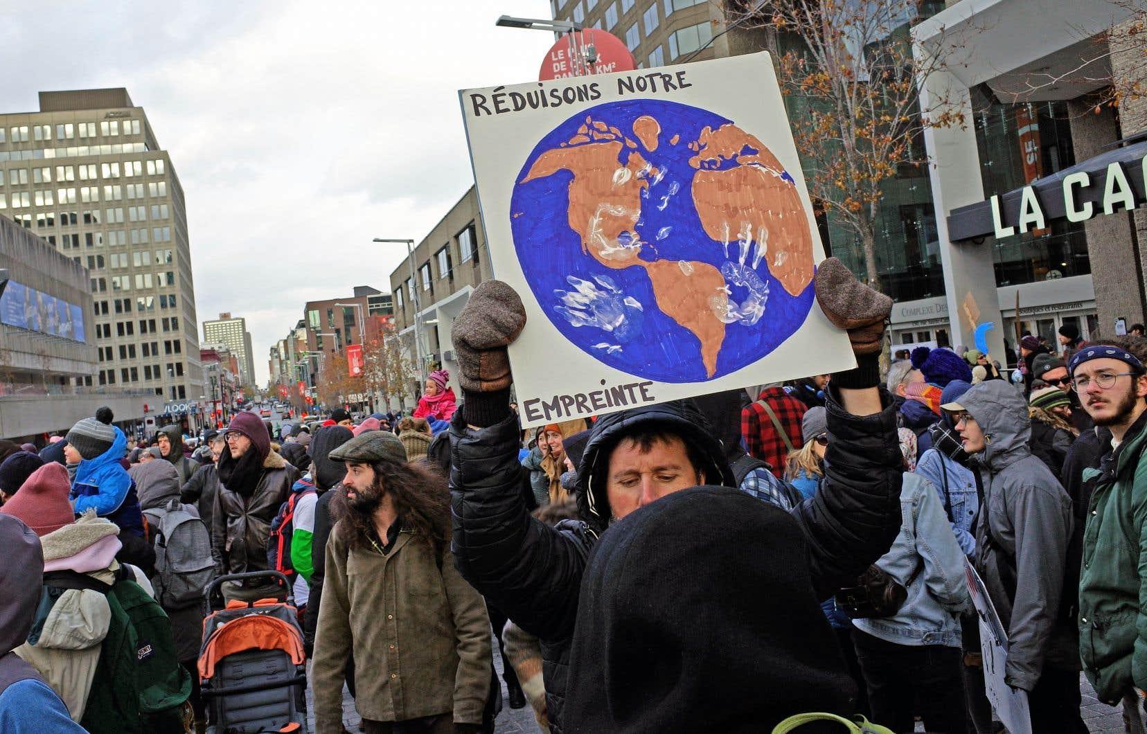 Le sondage permet de constater que les citoyens sont prêts à «contribuer» personnellement à la lutte contre les bouleversements du climat.
