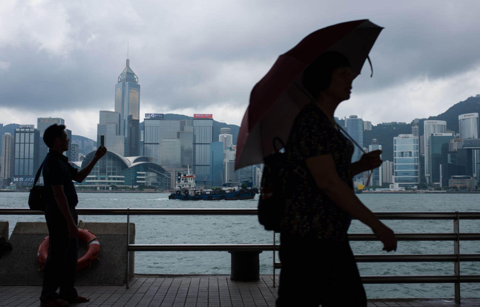La guerre commerciale entre Pékin et Washingtona frappé de plein fouet les entreprises de Hong Kong.