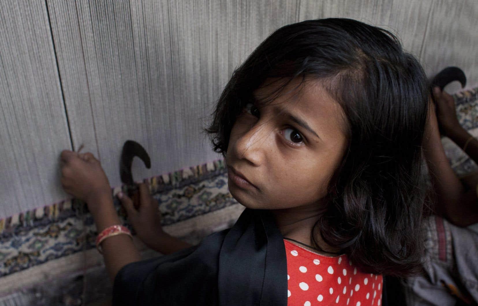 Les entreprises devraient prouver que leur chaîne d'approvisionnement ne s'appuie pas sur le travail d'un enfant ou le travail forcé d'un adulte.